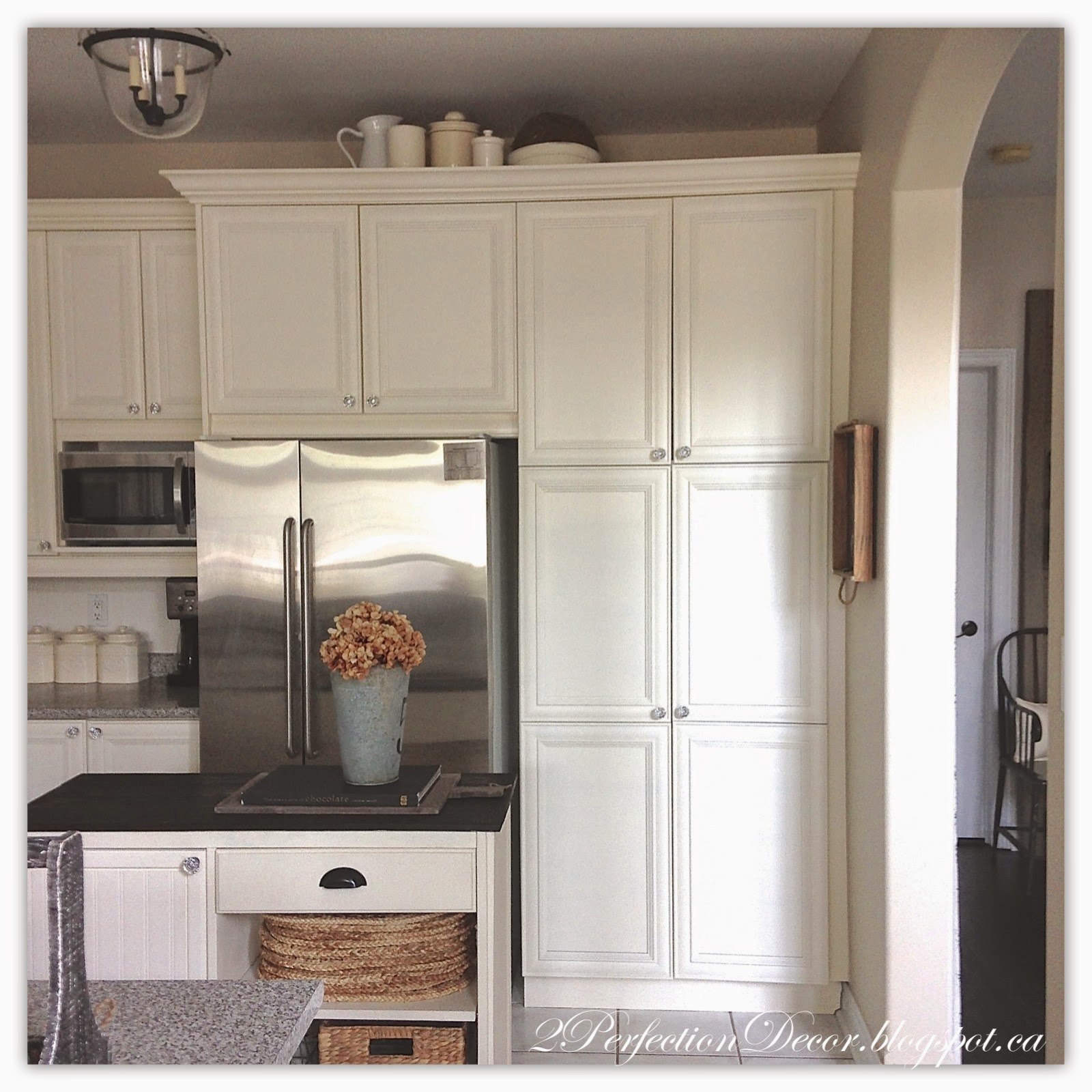 2Perfection Decor: Painted French Country Kitchen Reveal