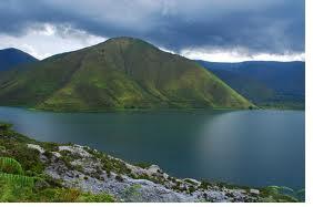 Danau+Toba-lake+toba visit http://provinsisumut.blogspot.com/