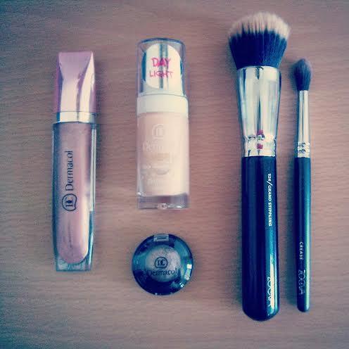 Dermacol summer types - bonbon eyeshadow, shiimmer lip gloss & sheer face illuminator
