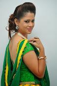 Shilpa chakravarthy sizzling photos-thumbnail-20