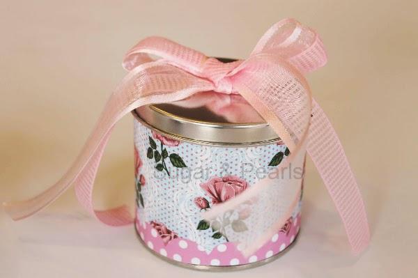 Pink floral-μεταλλικό κουτάκι μπομπονιέρα