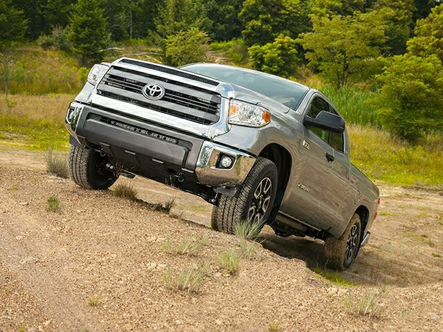 2015 Toyota Tundra 4WD Double Cab std Bed 4.6L V8 SR5