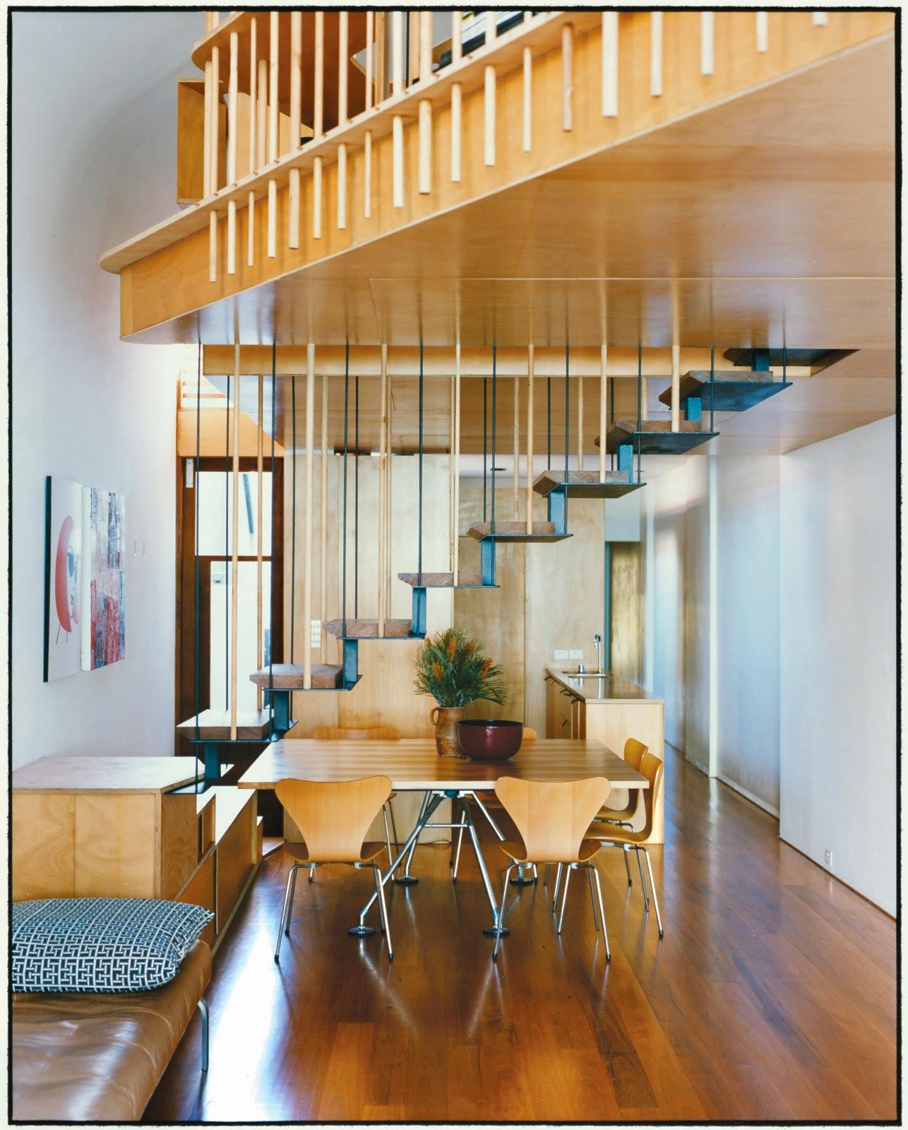 Holz plus Design fertig ist das Minimalismus Haus in Le Corbusier bzw. Bauhaus Stil