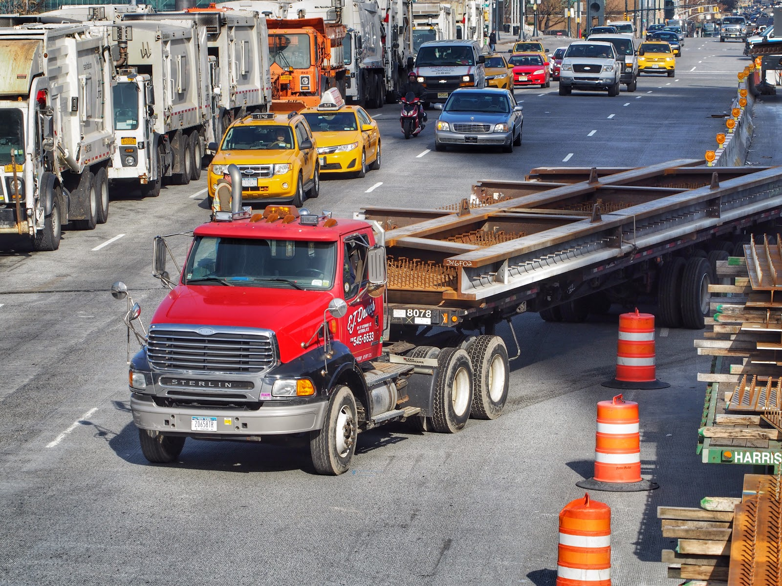 Nails on a Truck #NailsonaTruck #construction #nyc #hudsonyards #steelplates #nails ©2014 Nancy Lundebjerg