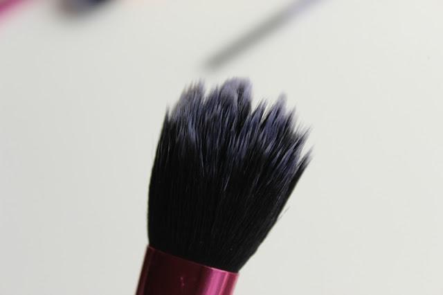 Lottie London Soap Star Brush Cleanser