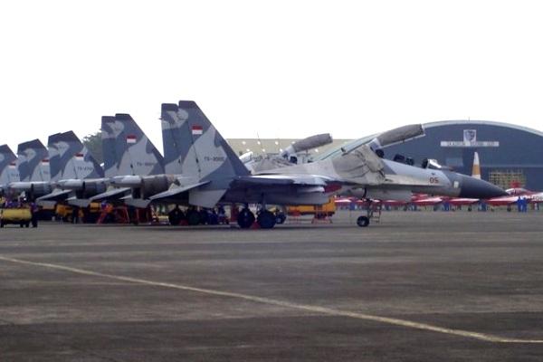 Armada Jet Tempur Sukhoi TNI. PROKIMAL ONLINE Kotabumi Lampung Utara