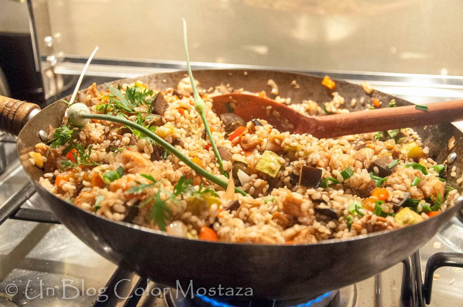 Arroz yaman para cocinar con amigos un blog color for Cocinar wok en casa