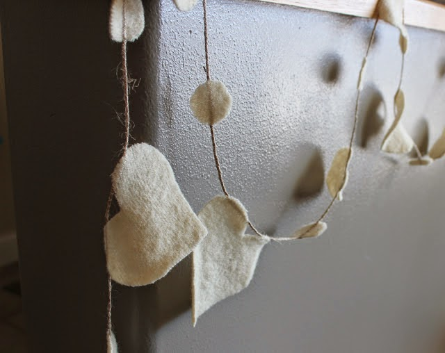 Love and Hearts, Valentine Ideas, http://bec4-beyondthepicketfence.blogspot.com/2015/01/love-hearts-dozen-ideas.html