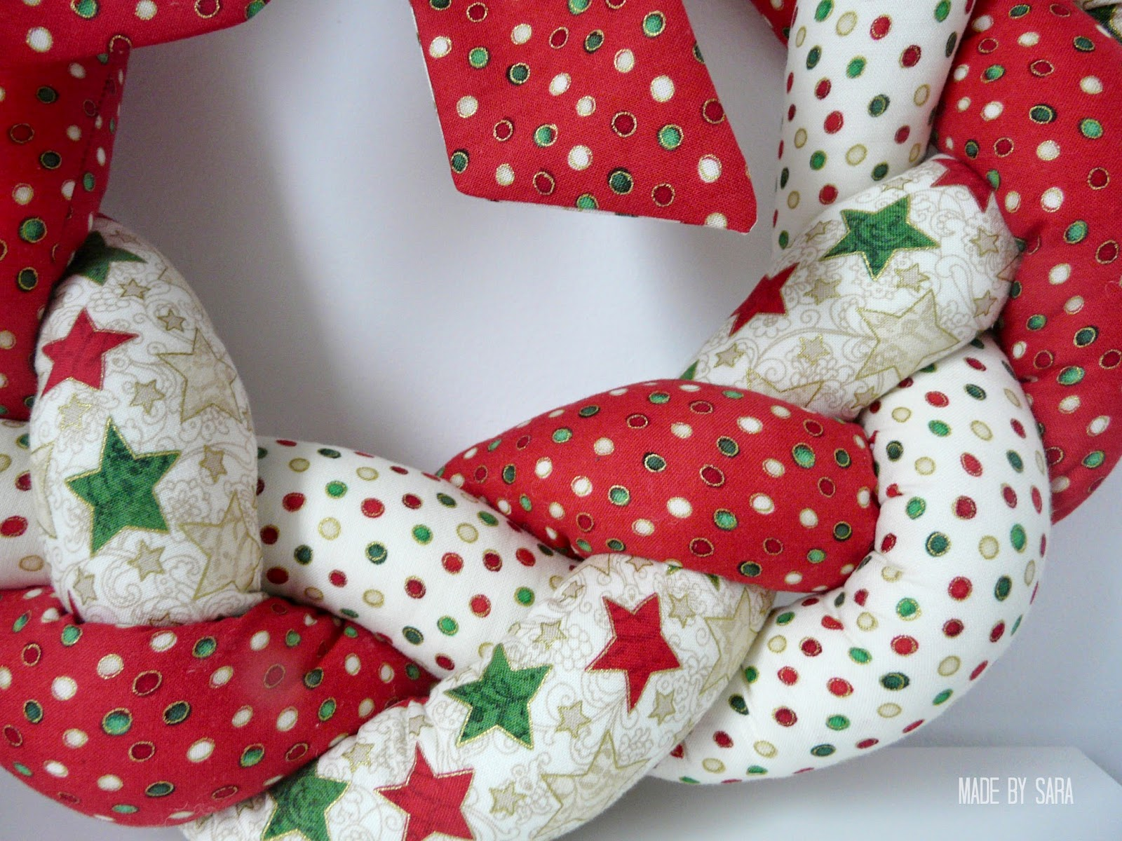so today i am sharing with you a tutorial on how to make a braided fabric wreath it is a fun and easy project with a lovely result - How To Make A Christmas Wreath