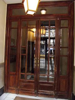 Montaje y mantenimiento de puertas de comunidad