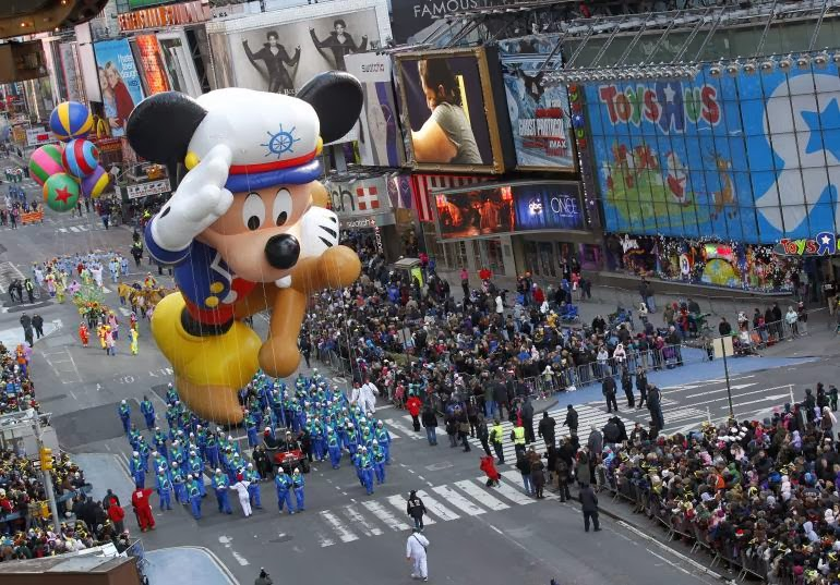 Macy's Thanksgiving Day Parade Balloons superheroes