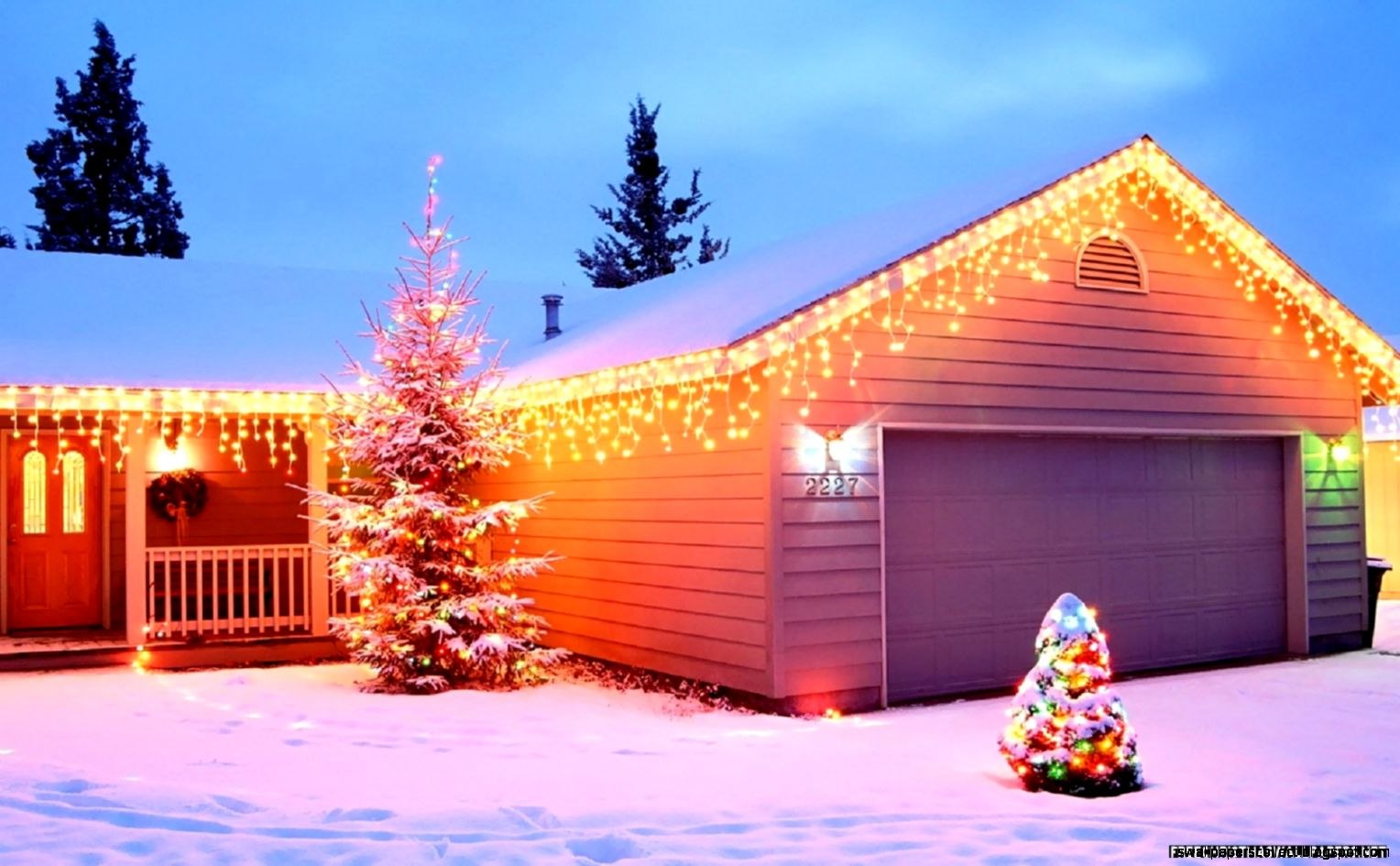 Christmas home wallpapers hd background wallpapers for Wallpaper to home
