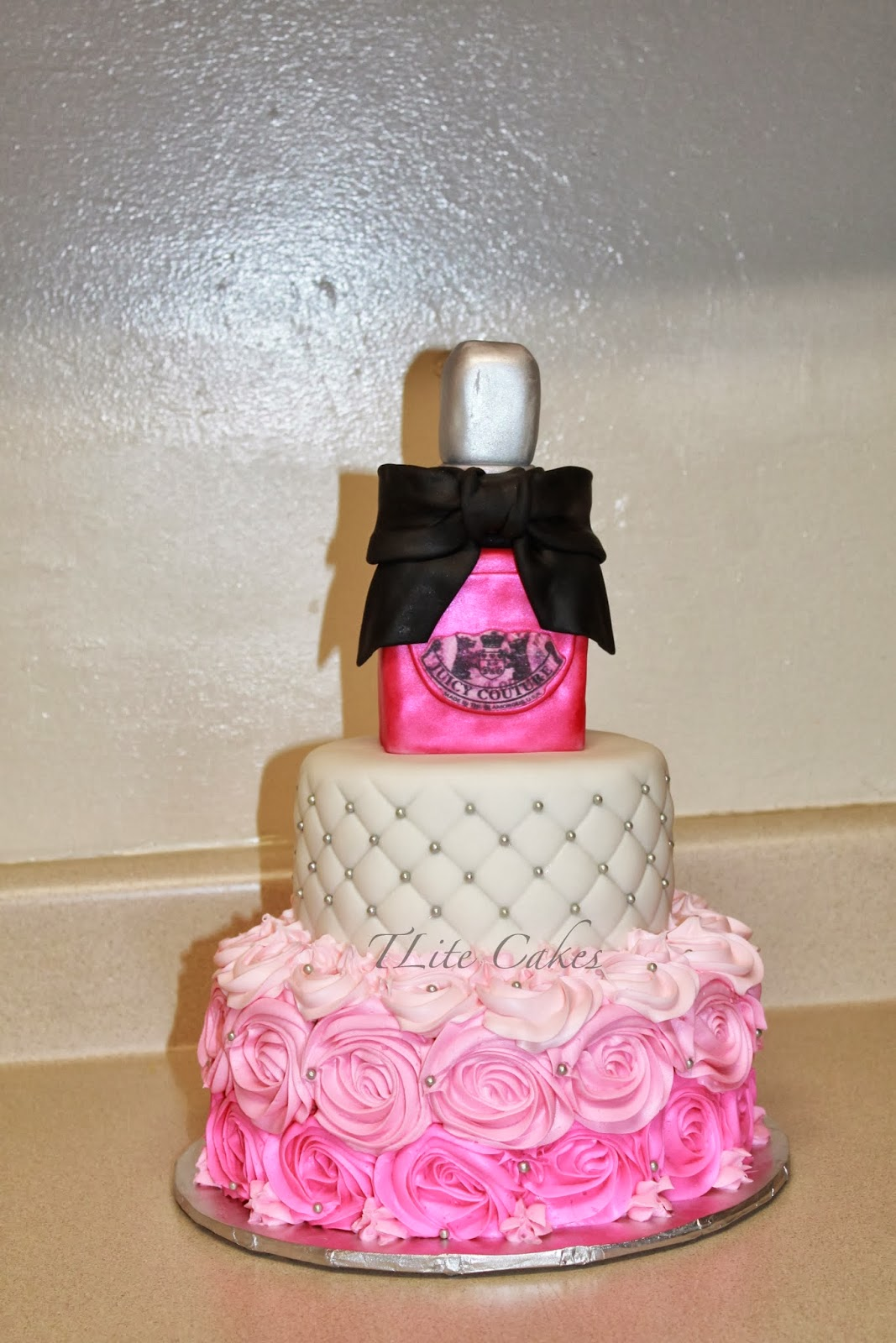 TLite Cakes and Planning: Juicy Couture 21st Birthday Cake and Party ...