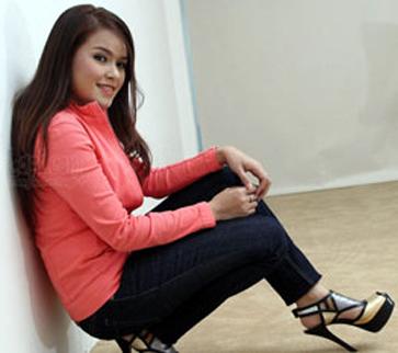 Siti Liza. Engkau Yang Sempurna