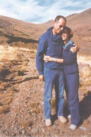 http://3.bp.blogspot.com/-acodA8R66ms/UbcpAVA7btI/AAAAAAAAIKQ/YZNyLnfxF_w/s1600/Couple.jpg