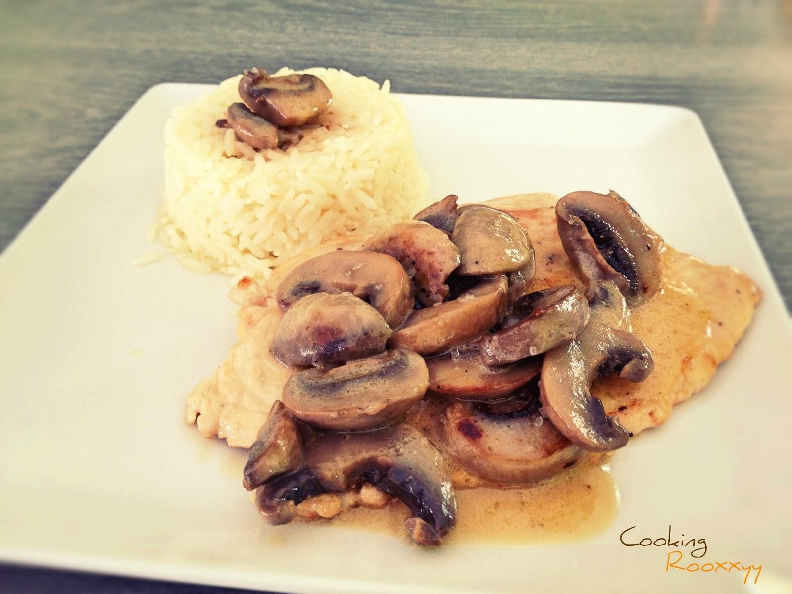Cookingrooxxyy escalopes de veau la cr me aux champignons de paris - Champignon de paris a la poele ...