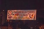 Cachorrão parabeniza os pais da Vila Guiomar