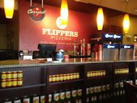 Flippers Pizza - Downtown Disney