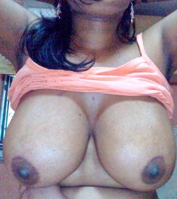 Hot mallu aunty desi big boobs