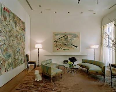 Абстрактные картины в жилом интерьере