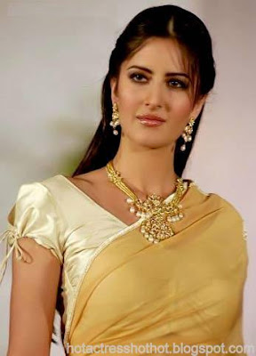 katrina kaif hot looking in a traditional saree and jacket
