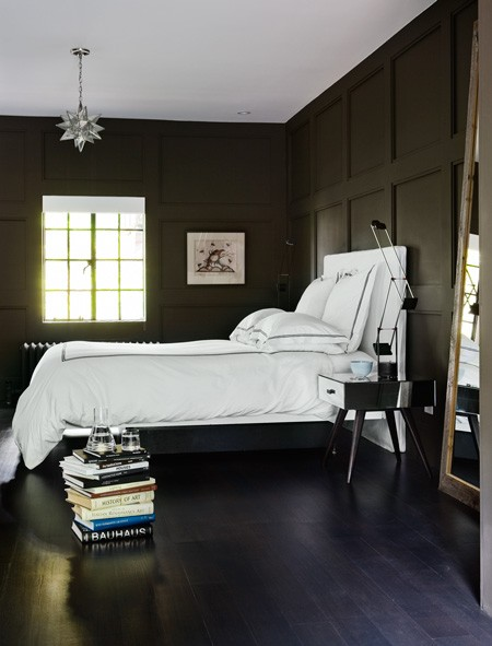 Bed bedroom chic dramatic colorful upholstered headboard for Dramatic beds