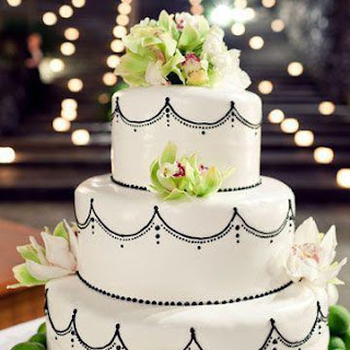 White Wedding Cakes Photos - Weddings