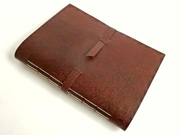 caderno-artesanal-couro-canson