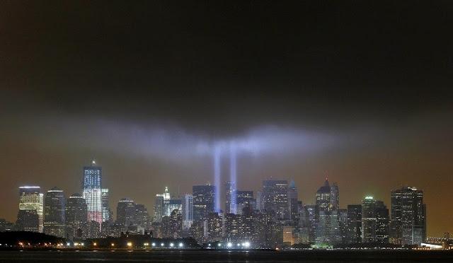 911事件紐約世貿遺址 歸零地百米燈柱