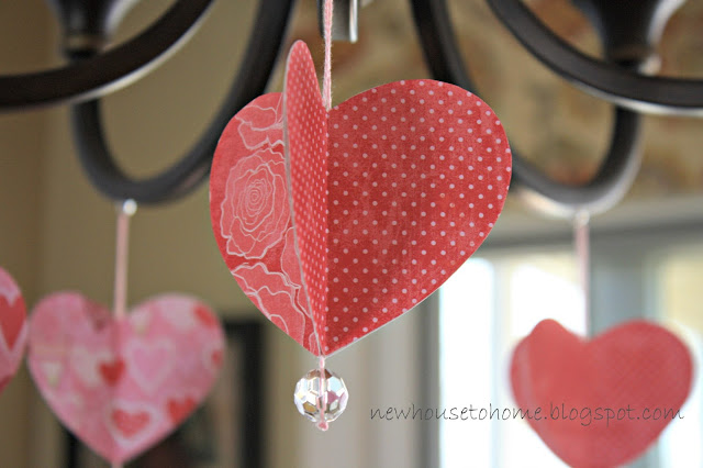 alt=&quot;Valentine's Day Decorations&quot;