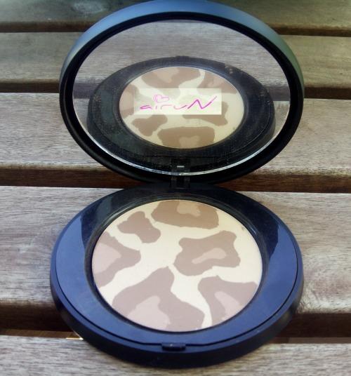 Leopard Compact Powder Mat être belle