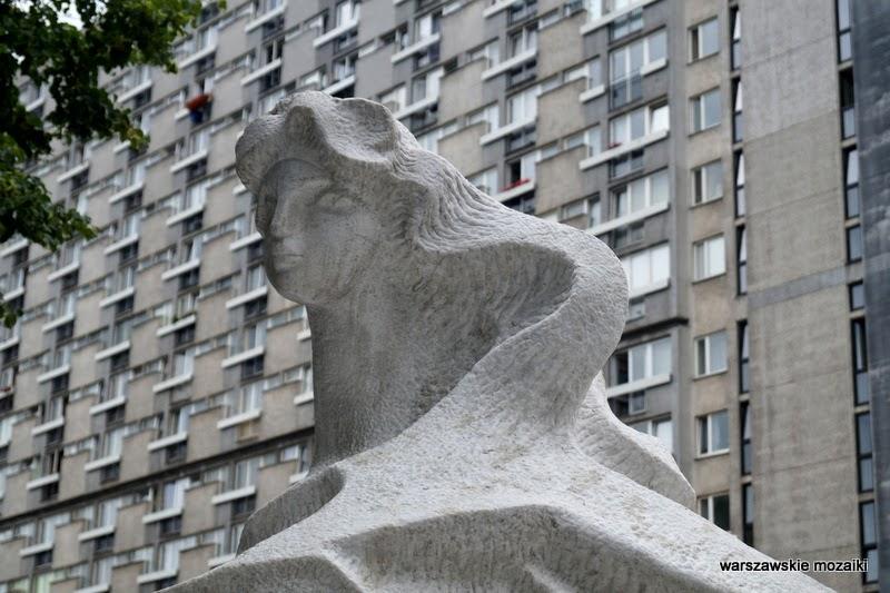 dwie rzeki Teresa Brzóskiewicz rzeźba Marszałkowska pomnik