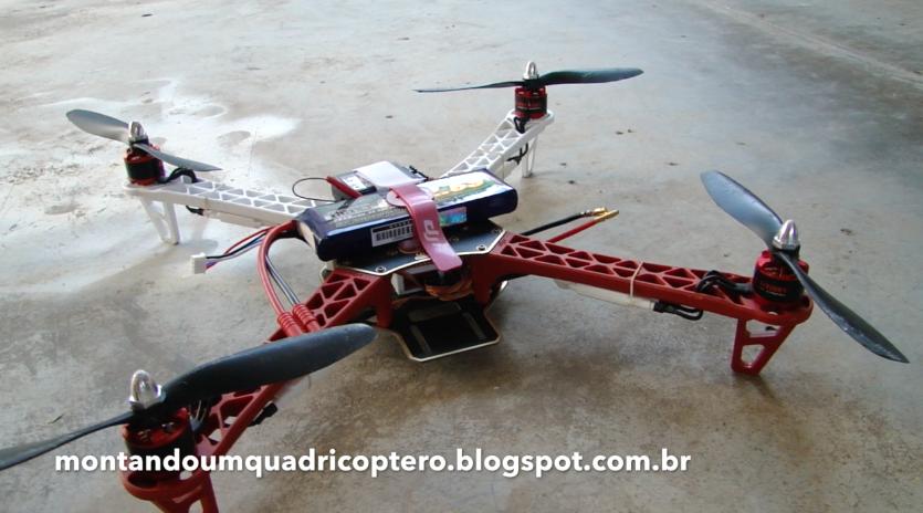 Quadricoptero em seu primeiro voo de teste