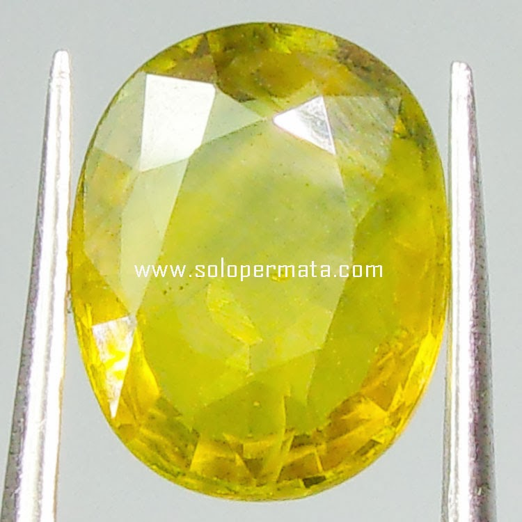 Batu Permata Greenish Yellow Sapphire  - 03B03