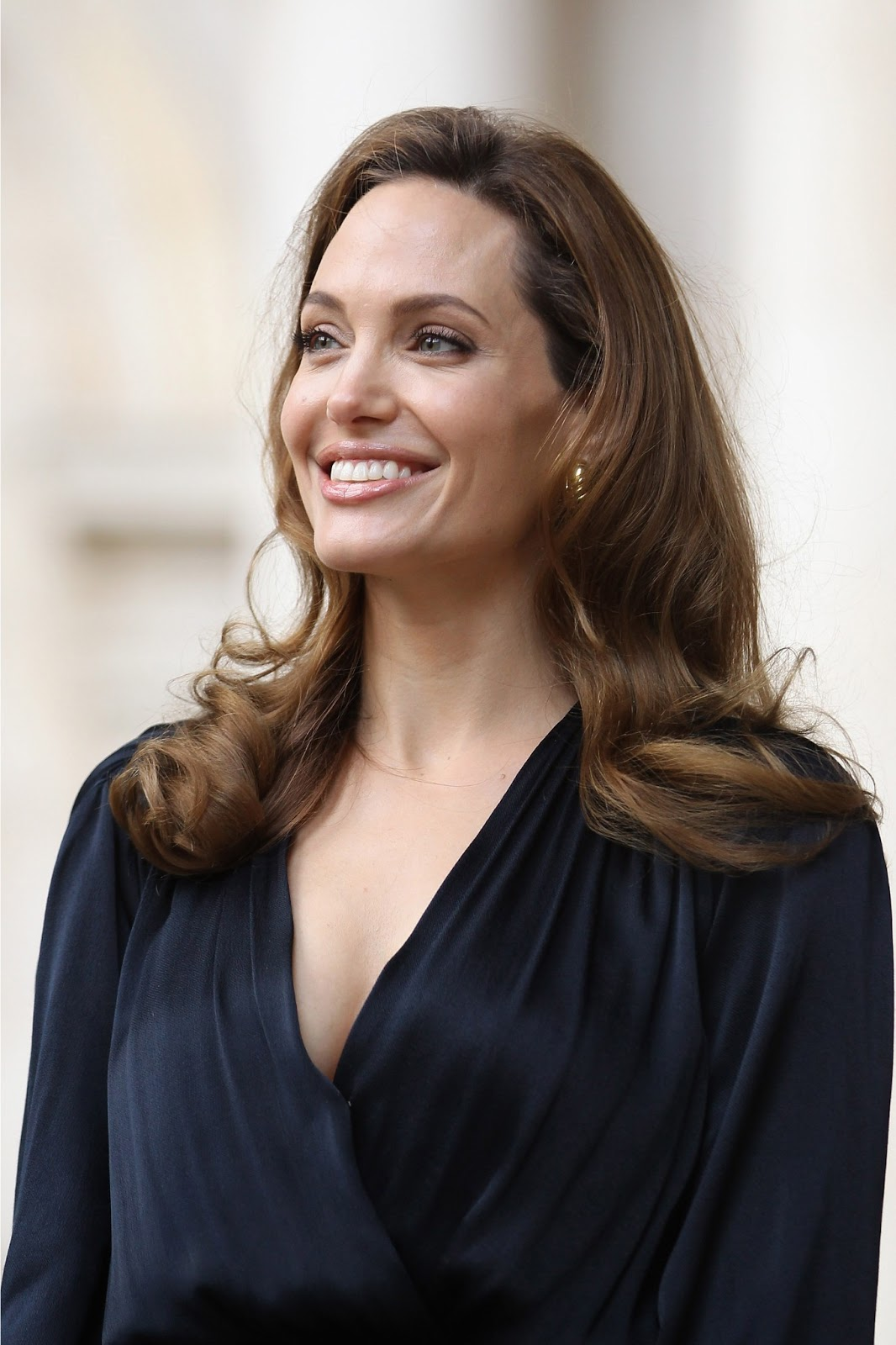 Happy Birthday To Angelina Jolie June 4th Hd