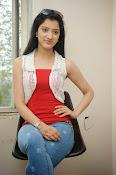 Richa Panai latest glamorous photos-thumbnail-6