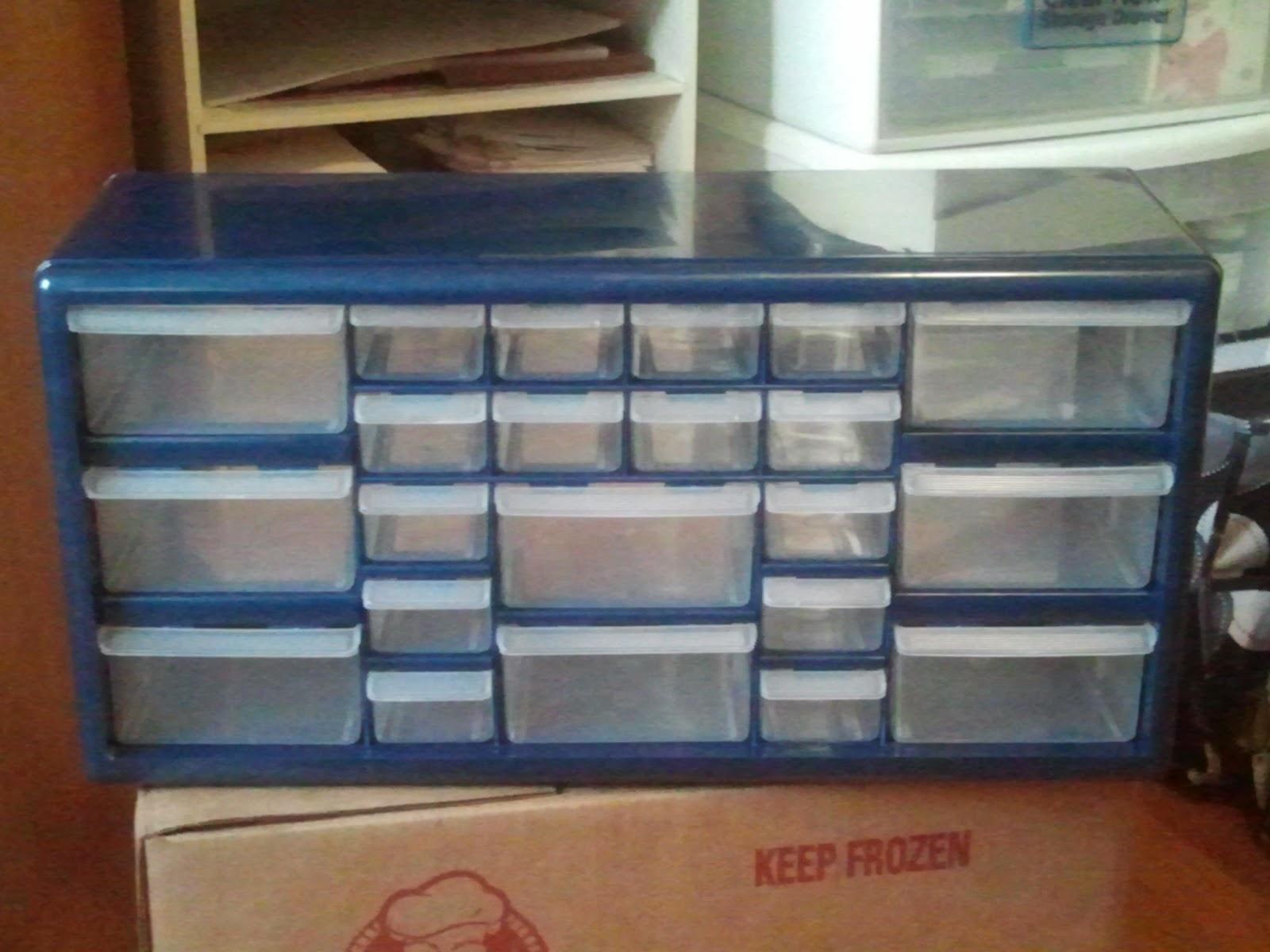 Zinn Teachings: Clutter Free Teacher Toolbox