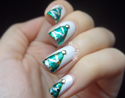 oh christmas tree  brit nails