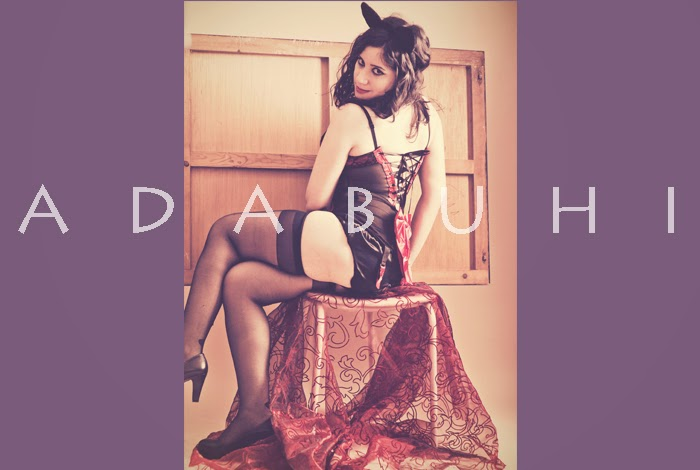 #htmlcaption1