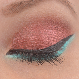 http://oli-rockyourstyle.blogspot.de/2014/06/amu-eyes-of-fire-and-ice.html