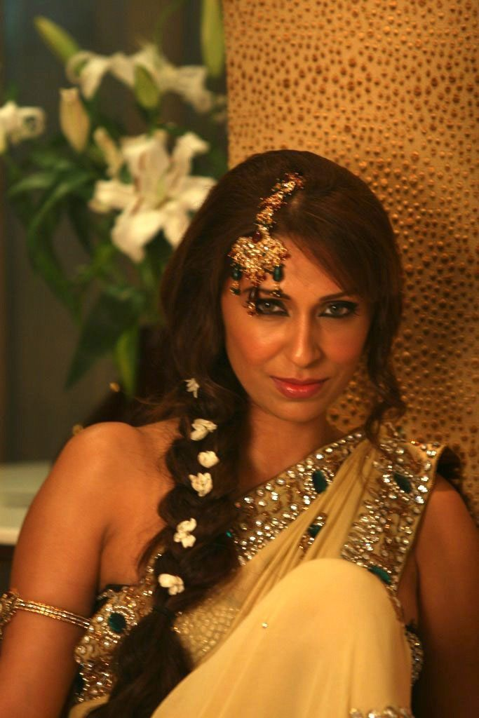 Pooja misrra hot photoshoot celebrity