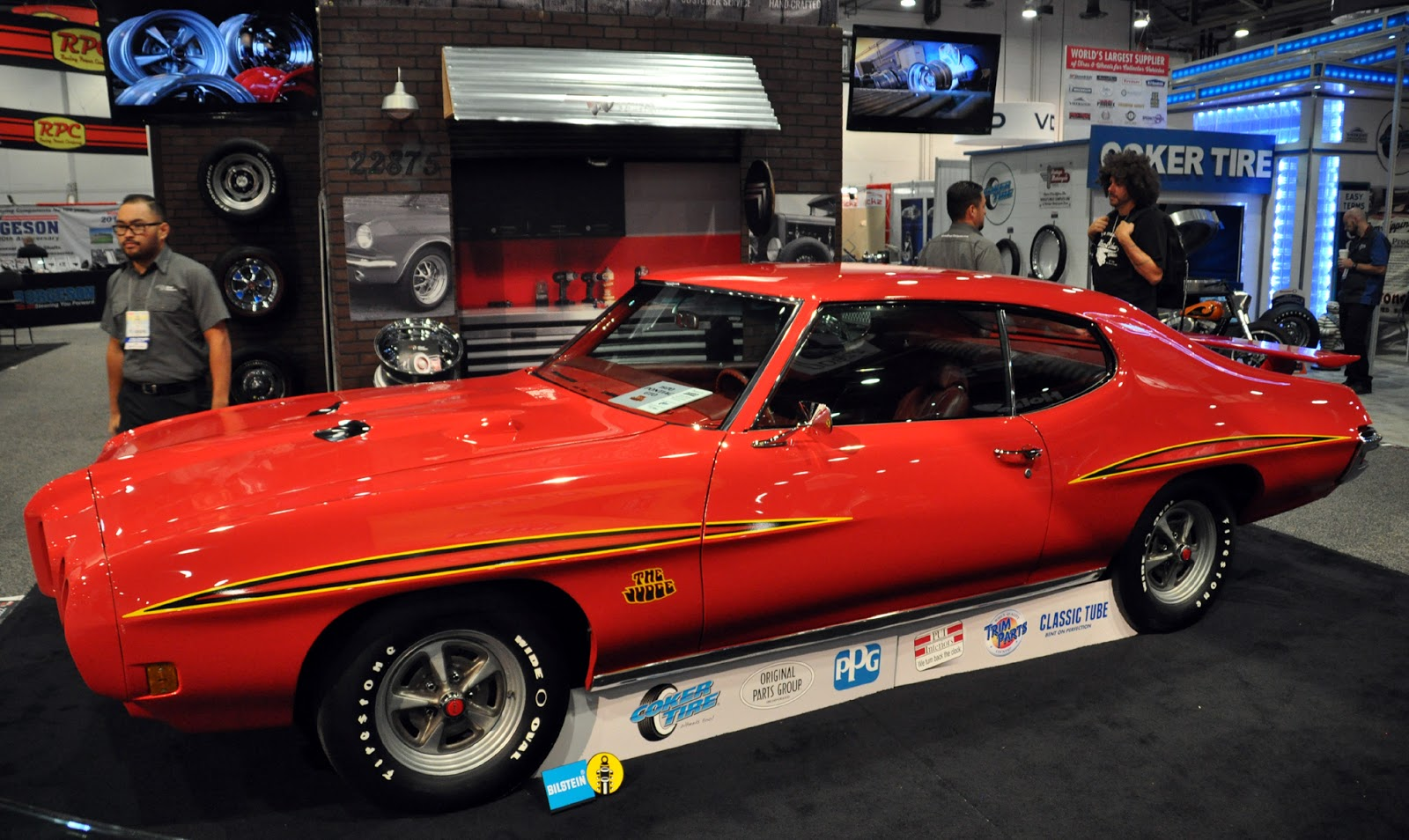 Great Rarely Seen Cool Old Muscle Cars That I Wish Were Brought To SEMA More, A  Judge GTO And A Chevelle