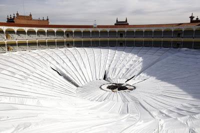 Aluminium dak Las Ventas ingestort