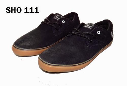 Jual Sepatu Hitam Polos – SHO 111
