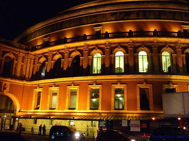 Exterior of Royal Albert Hall at night | PetiteSilverVixen