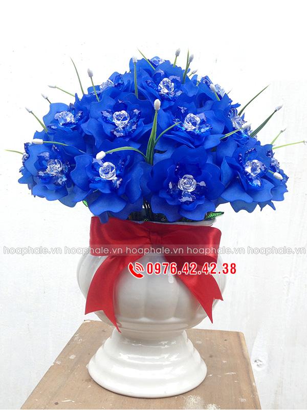 Mẫu hoa hồng xanh pha lê