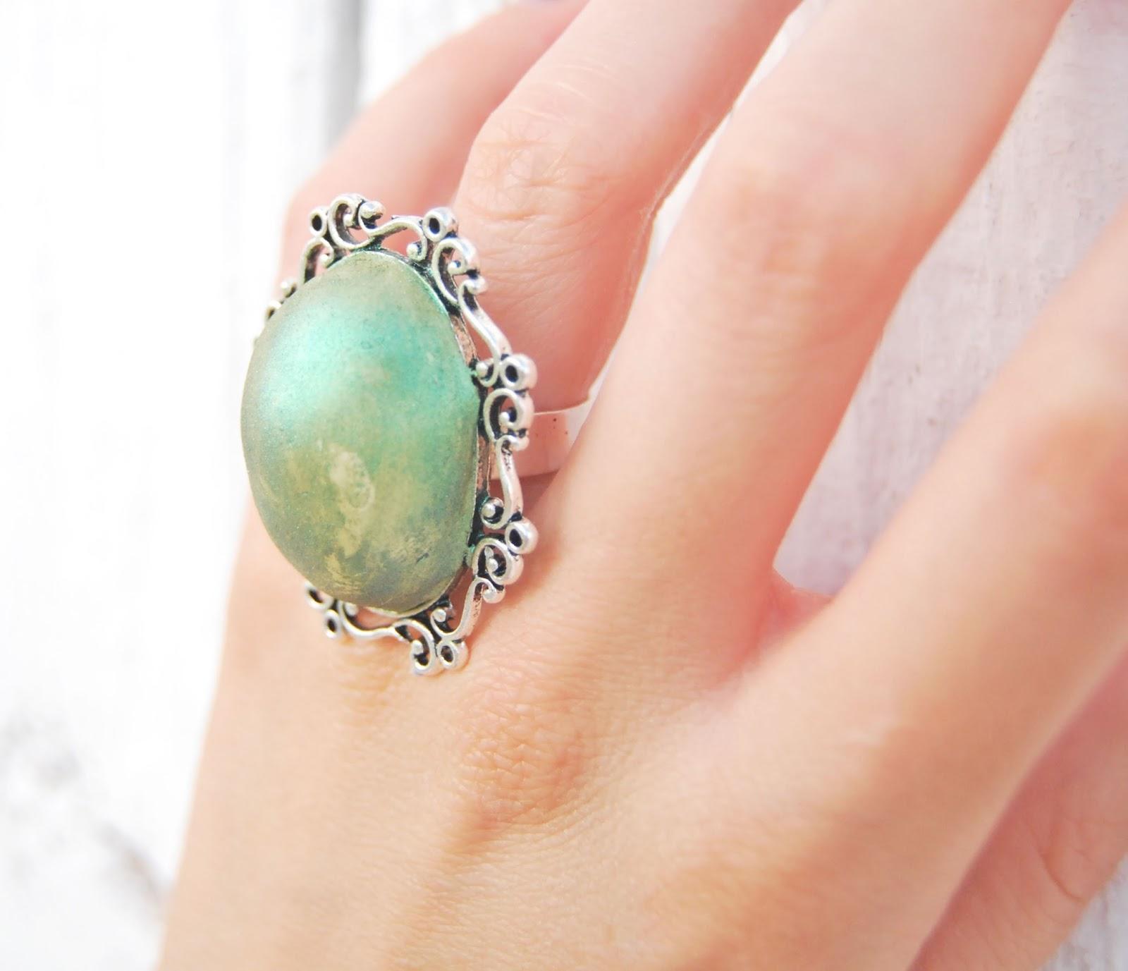 anillo verde rústico online