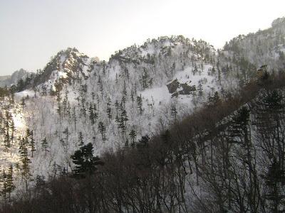 Pemandangan gunung dari cable car