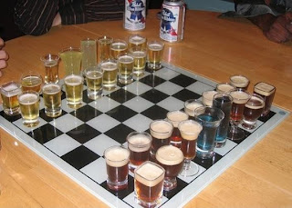 http://3.bp.blogspot.com/-agYx3t9y9rc/T6JEenytKzI/AAAAAAAAD1I/W_EfSDi6gm0/s1600/ajedrez-en-un-bar.jpg