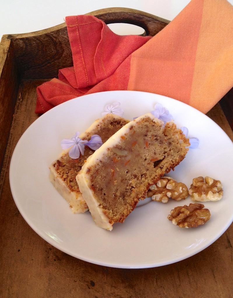 Carrot cake con frosting de queso mascarpone / tarta de zanahoria